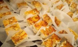 Γέμιση Ανδριώτικου λαμπριάτη με Τηνιακά τυριά και λούζα Συριανή, γράφει η Γιάννα.