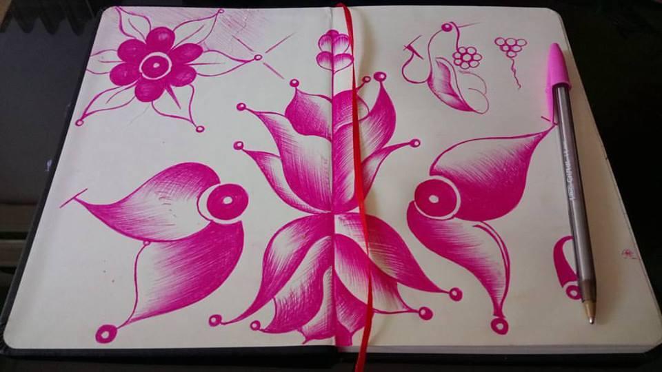 Σχέδια με στυλό, γράφει η Γιάννα.