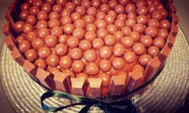 Η σοκολατένια τούρτα της μονάκριβης, γράφει η Γιάννα.