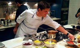 Μια επίσκεψη στο cooking studio του Αλέξανδρου Παπανδρέου είναι ένα από τα ωραιότερα δώρα για τον εαυτό σου, γράφει η Έφη.