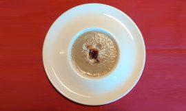 Μανιταρόσουπα βελουτέ με τραγανή λούζα τηνιακή για να ηρεμήσουν τα μέσα του, γράφει η Γιάννα